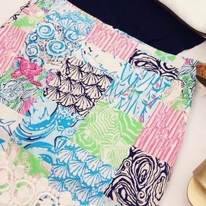 Lilly Pulitzer skirt size S - gently used.